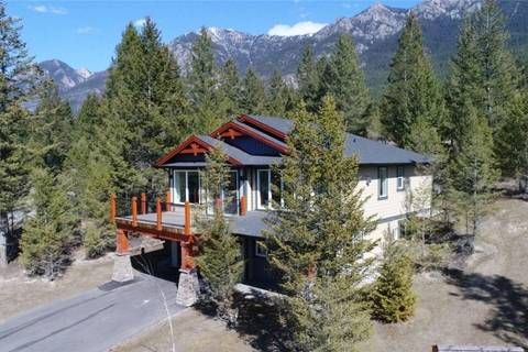 House for sale at 7052 White Tail Ln Radium Hot Springs British Columbia - MLS: 2435230