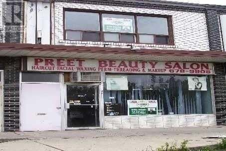 Commercial property for sale at 7058 Airport Rd Mississauga Ontario - MLS: W4779357