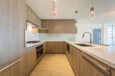 Condo for sale at 13696 100 Ave Unit 706 Surrey British Columbia - MLS: R2516844