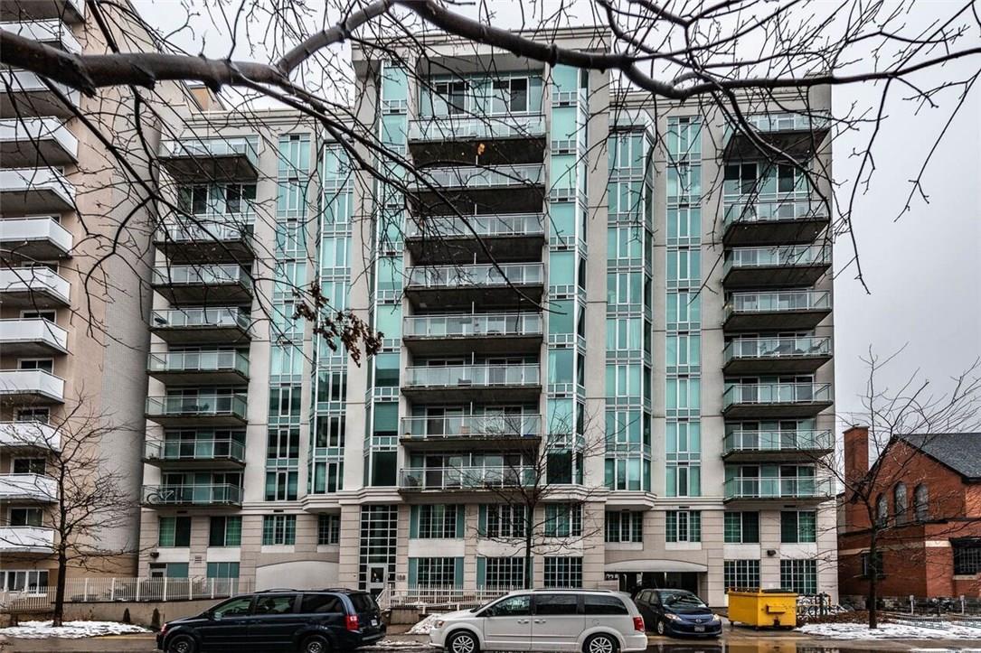 Buliding: 138 Somerset Street, Ottawa, ON