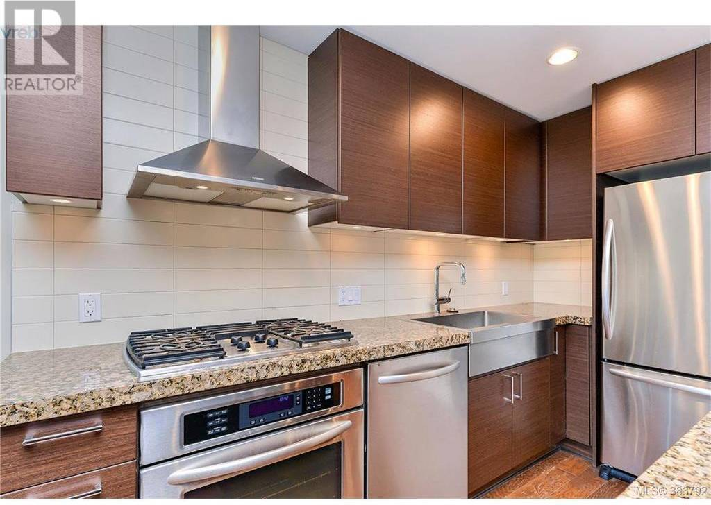 Condo for sale at 1400 Lynburne Pl Unit 706 Victoria British Columbia - MLS: 411516