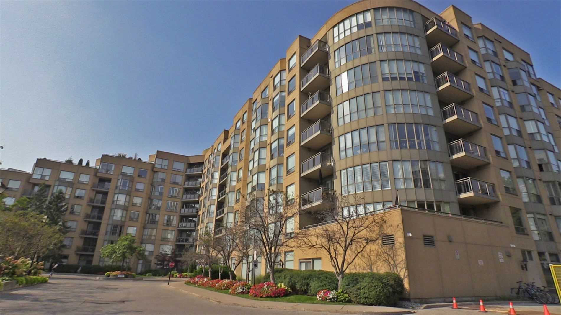 For Sale: 706 - 2511 Lakeshore Road West, Oakville, ON | 2 Bed, 2 Bath Condo for $899000.00. See 39 photos!