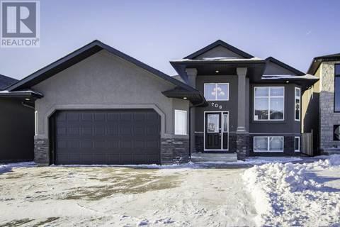 House for sale at 706 Ledingham Pl Saskatoon Saskatchewan - MLS: SK756620