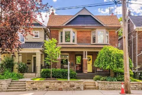 Townhouse for sale at 706 Woodbine Ave Toronto Ontario - MLS: E4858924