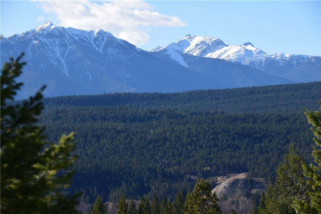 Residential property for sale at 7061 White Tail Ln Radium Hot Springs British Columbia - MLS: 2433684