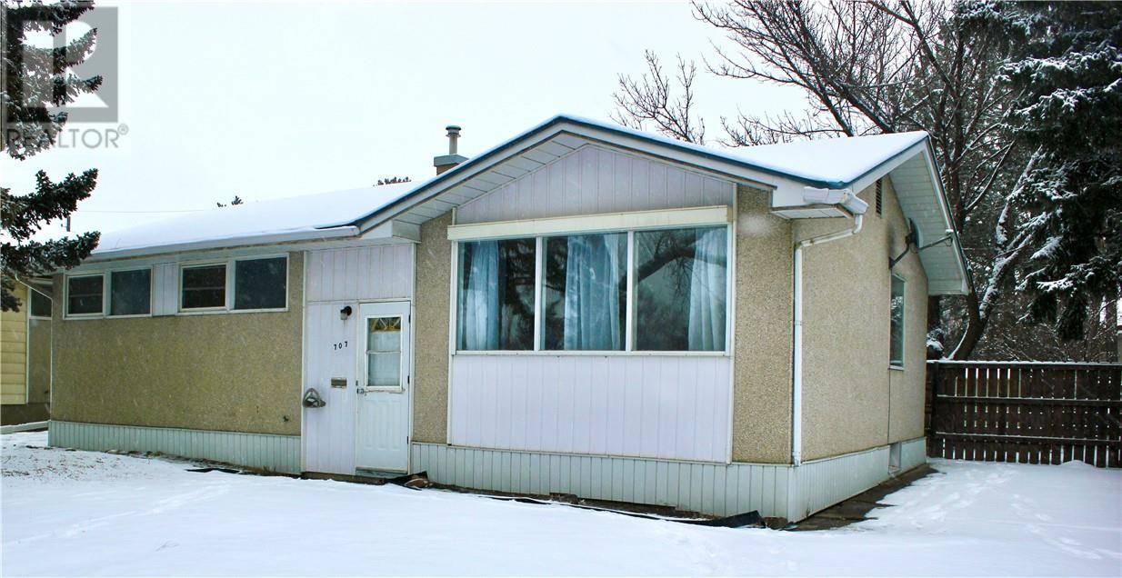 House for sale at 707 23 St N Lethbridge Alberta - MLS: ld0185497
