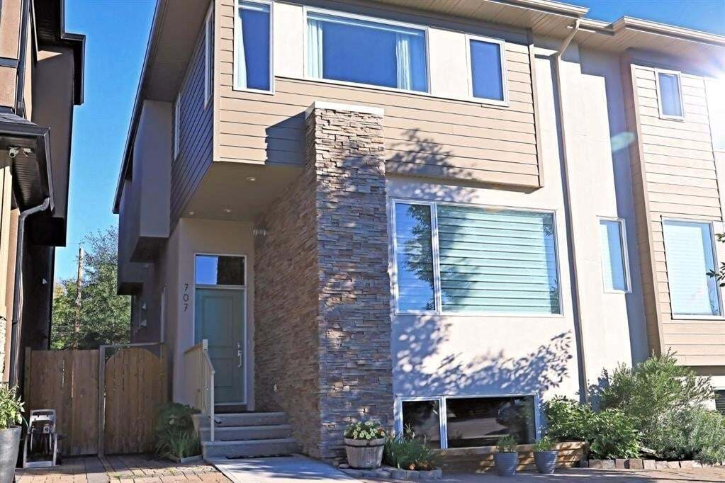 Townhouse for sale at 707 32 St Northwest Calgary Alberta - MLS: A1009121