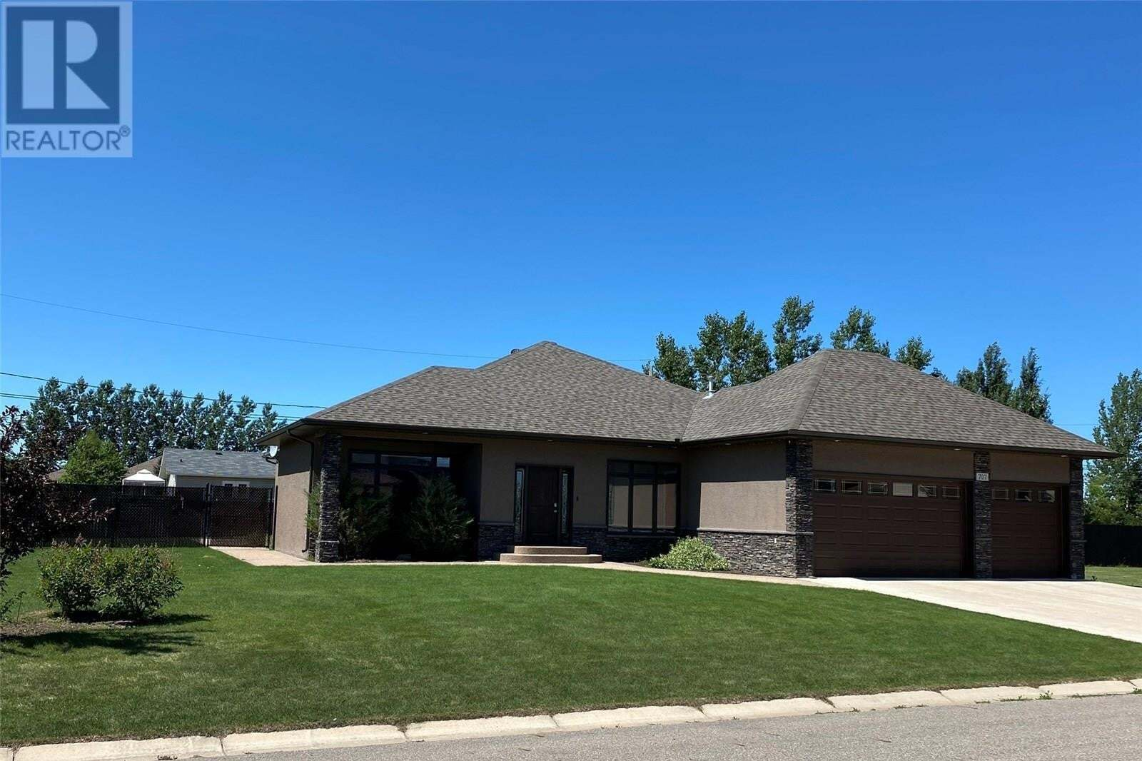 House for sale at 707 Centennial Dr Shellbrook Saskatchewan - MLS: SK819229