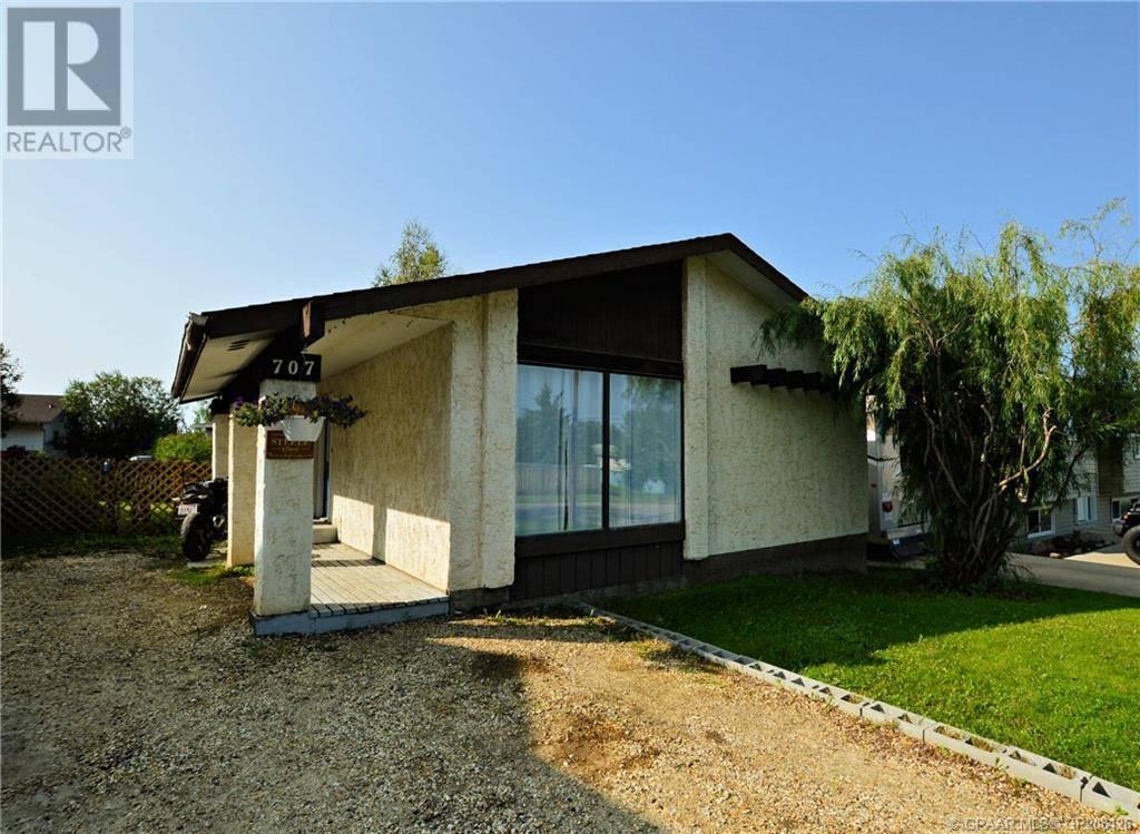 House for sale at 707 Cherry St Beaverlodge Alberta - MLS: GP208426