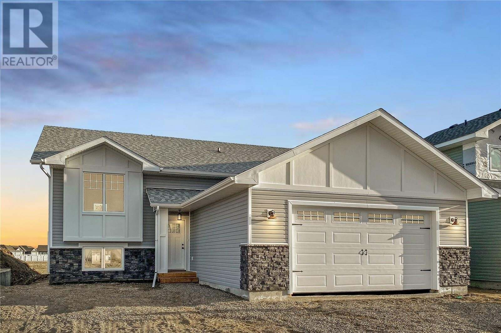 House for sale at 707 Scott Cres Warman Saskatchewan - MLS: SK809428