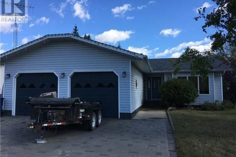 House for sale at 707 Sumner St Esterhazy Saskatchewan - MLS: SK748186
