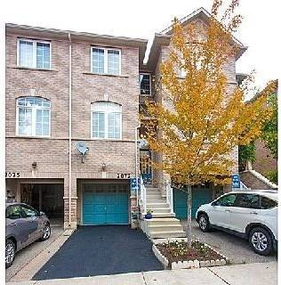 Townhouse for sale at 7073 Fairmeadow Cres Mississauga Ontario - MLS: W4734538