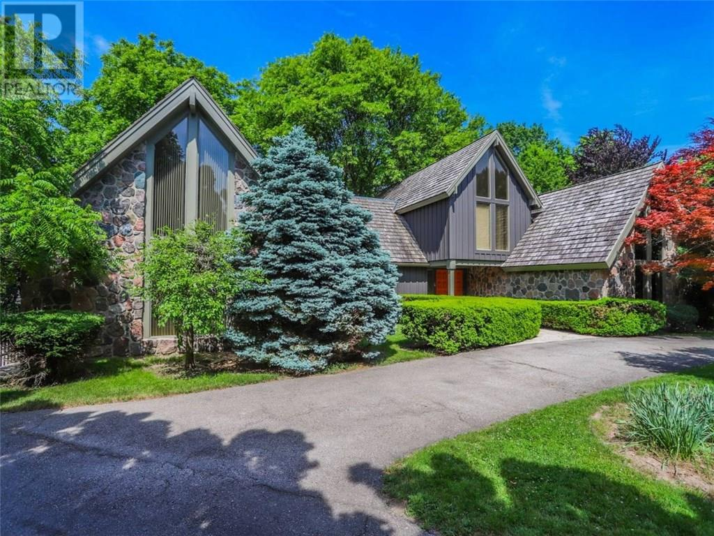 Removed: 708 Westmount Hills Drive, London, ON - Removed on 2018-12-02 05:03:02