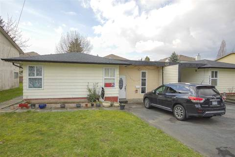 Townhouse for sale at 7087 140 St Surrey British Columbia - MLS: R2437099