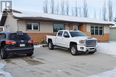 House for sale at 709 111th Ave E Tisdale Saskatchewan - MLS: SK799103