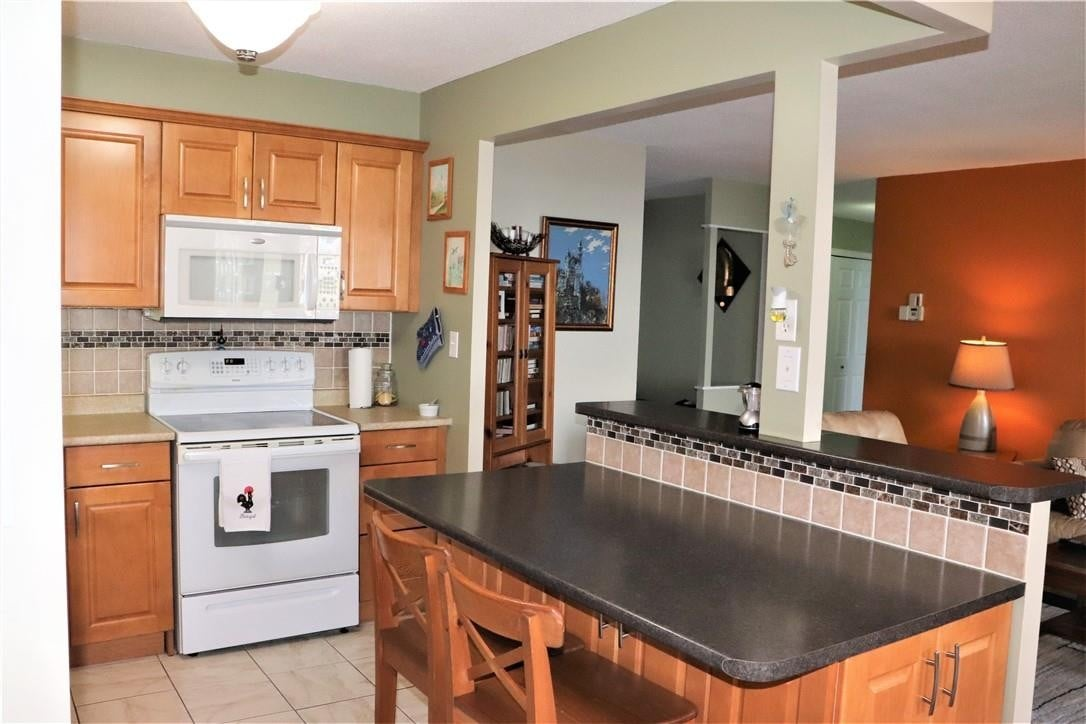 Condo for sale at 301 Frances Ave N Unit 709 Stoney Creek Ontario - MLS: H4084572