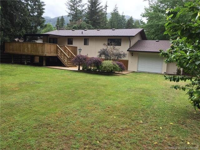 Removed: 709 Hemlock Crescent South, Sicamous, BC - Removed on 2018-07-05 07:12:31