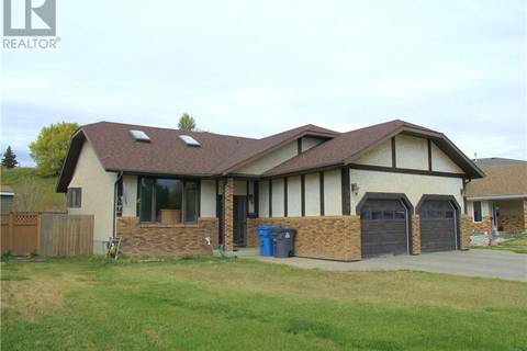 House for sale at 709 Sun Valley Dr Estevan Saskatchewan - MLS: SK747842