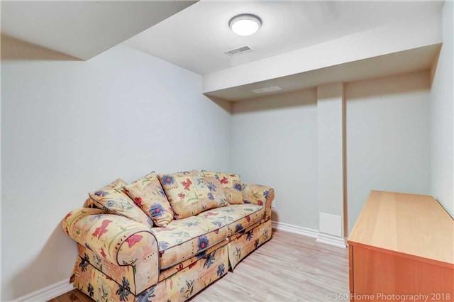 For Sale: 21 Interlacken Way, Markham, ON | 3 Bed, 4 Bath Condo for $899,900. See 19 photos!