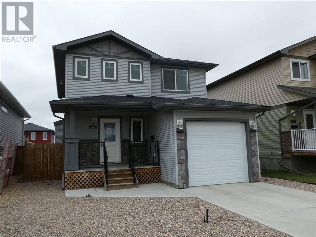 House for sale at 71 Almond Cres Blackfalds Alberta - MLS: ca0189175