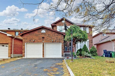 House for sale at 71 Charcoal Dr Toronto Ontario - MLS: E4968934