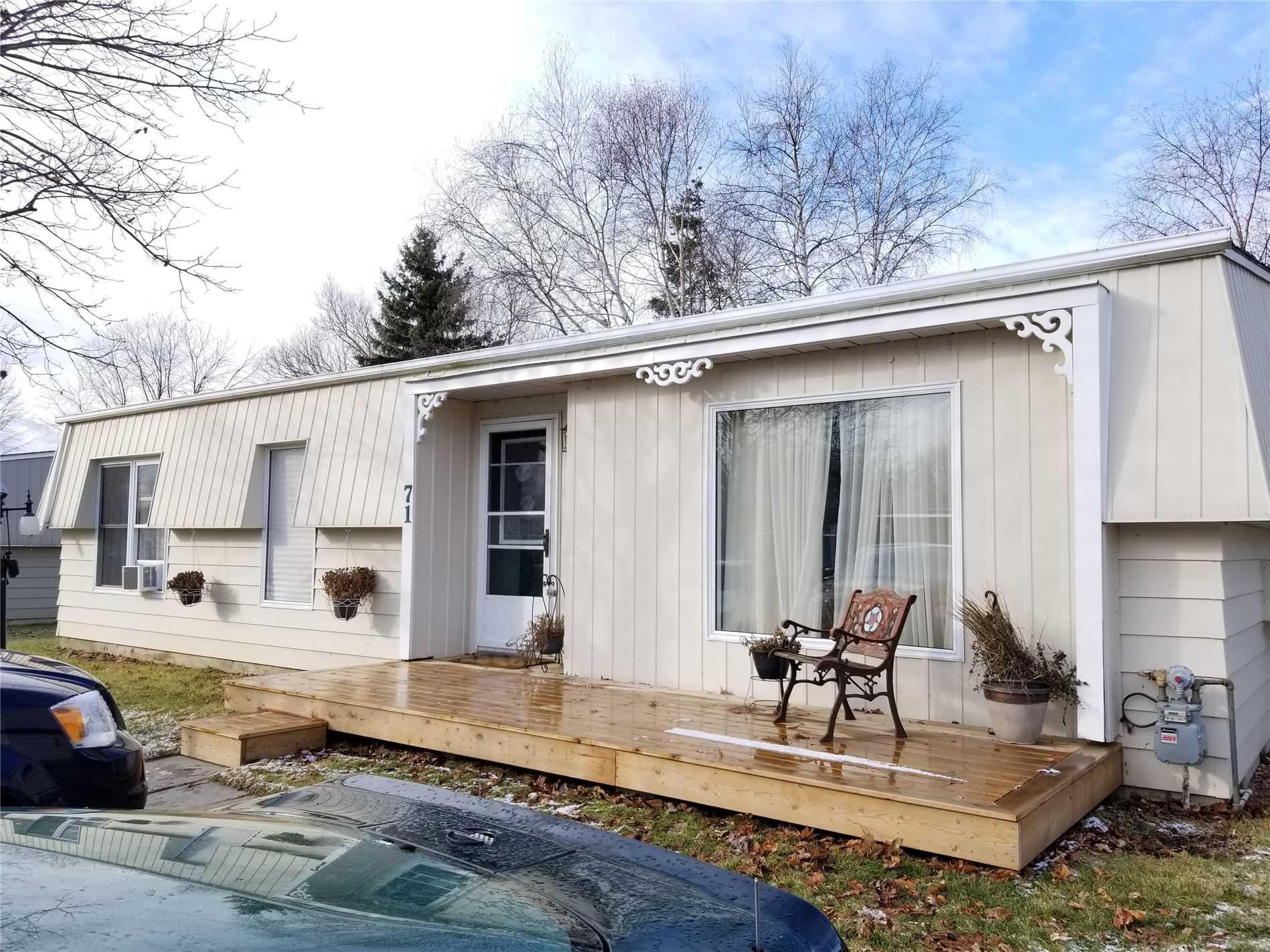 For Sale: 71 Fairway Drive, Clarington, ON   2 Bed, 2 Bath House for $299000.00. See 14 photos!