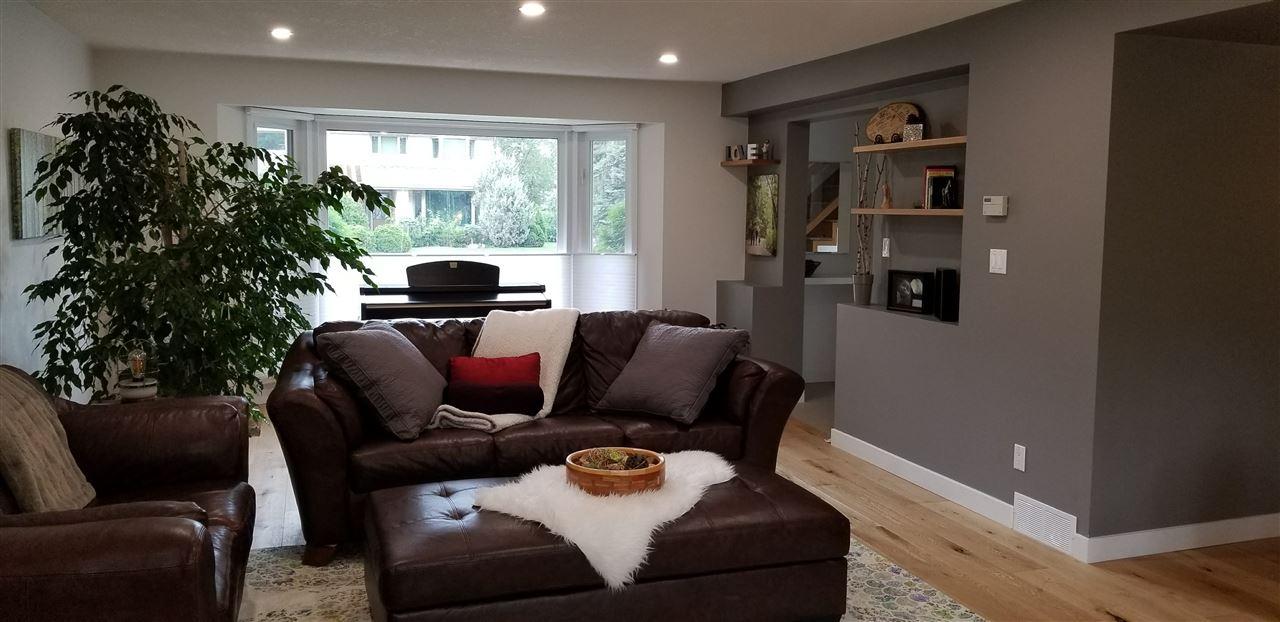 For Sale: 71 Fairway Drive, Edmonton, AB   4 Bed, 3 Bath House for $1,349,998. See 18 photos!