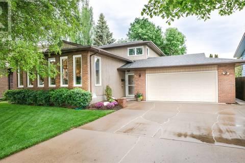 House for sale at 71 Kindrachuk Cres Saskatoon Saskatchewan - MLS: SK776655