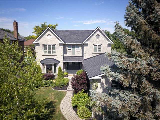 For Sale: 71 Mcclenny Drive, Aurora, ON | 4 Bed, 3 Bath House for $1,375,000. See 20 photos!