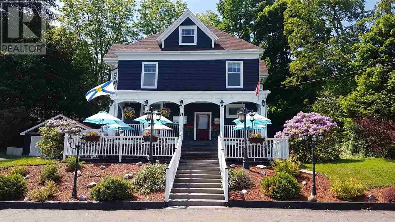 Home for sale at 71 Stellarton Rd New Glasgow Nova Scotia - MLS: 201921328