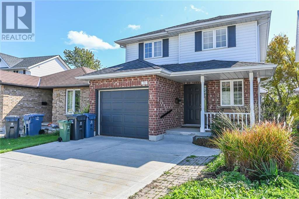 71 Waxwing Crescent, Guelph | Image 2