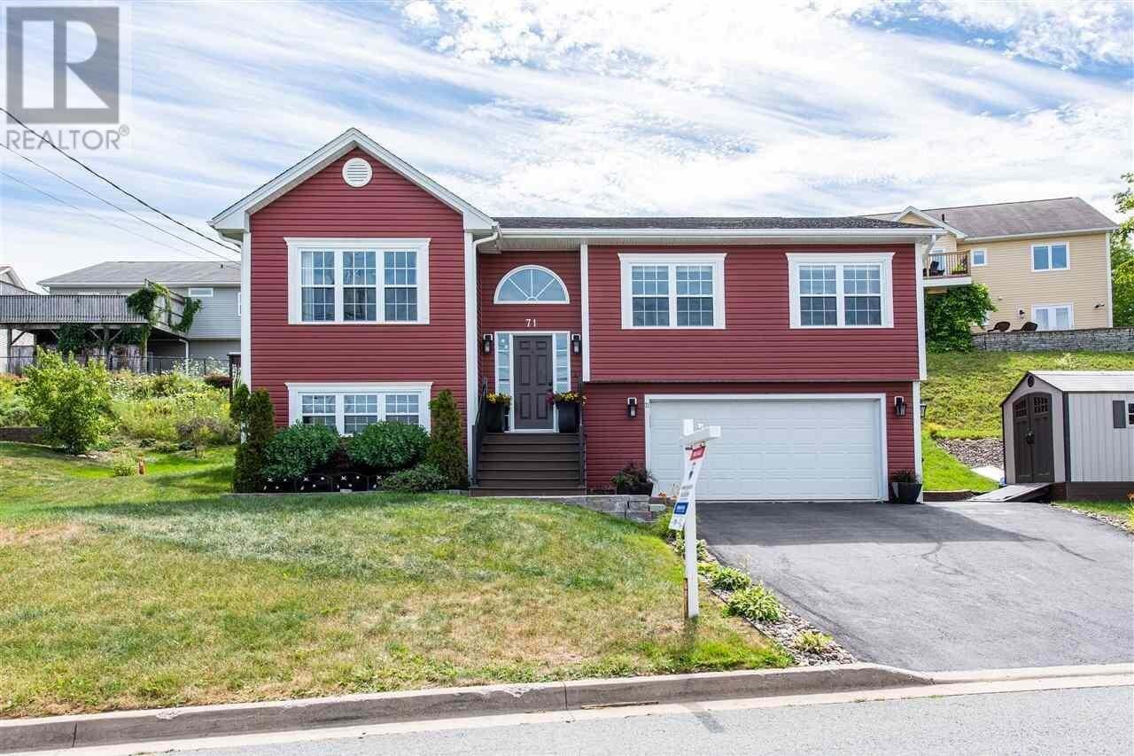 House for sale at 71 Windwood Dr Middle Sackville Nova Scotia - MLS: 202014917