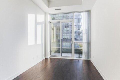 Apartment for rent at 20 Bruyeres Me Unit 710 Toronto Ontario - MLS: C5056820
