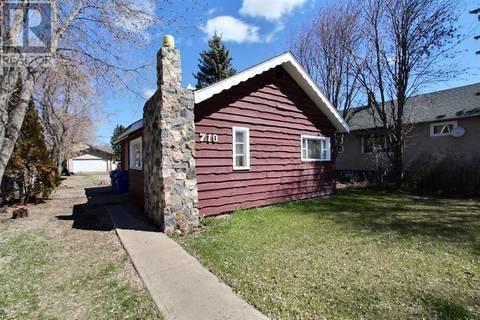 House for sale at 710 8th St E Prince Albert Saskatchewan - MLS: SK770984