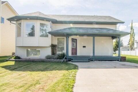 House for sale at 7106 96 St Grande Prairie Alberta - MLS: A1042681