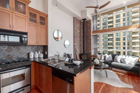 Condo for sale at 10 Renaissance Sq Unit 711 New Westminster British Columbia - MLS: R2362061