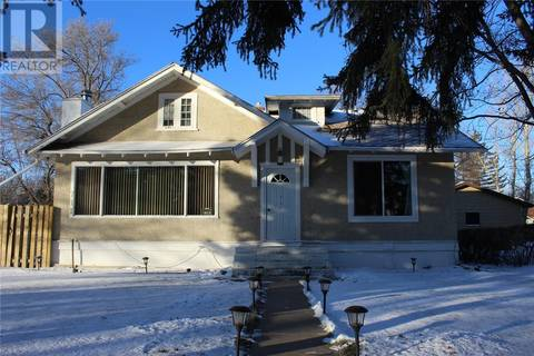 House for sale at 711 1st St E Shaunavon Saskatchewan - MLS: SK790715