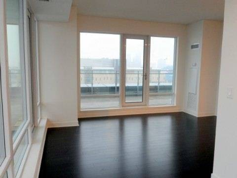 Apartment for rent at 360 Square One Dr Unit 711 Mississauga Ontario - MLS: W4733618