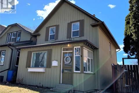 House for sale at 711 4th Ave N Saskatoon Saskatchewan - MLS: SK766139