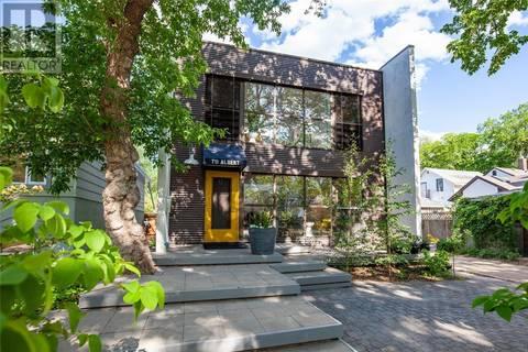 House for sale at 711 Albert Ave Saskatoon Saskatchewan - MLS: SK777381