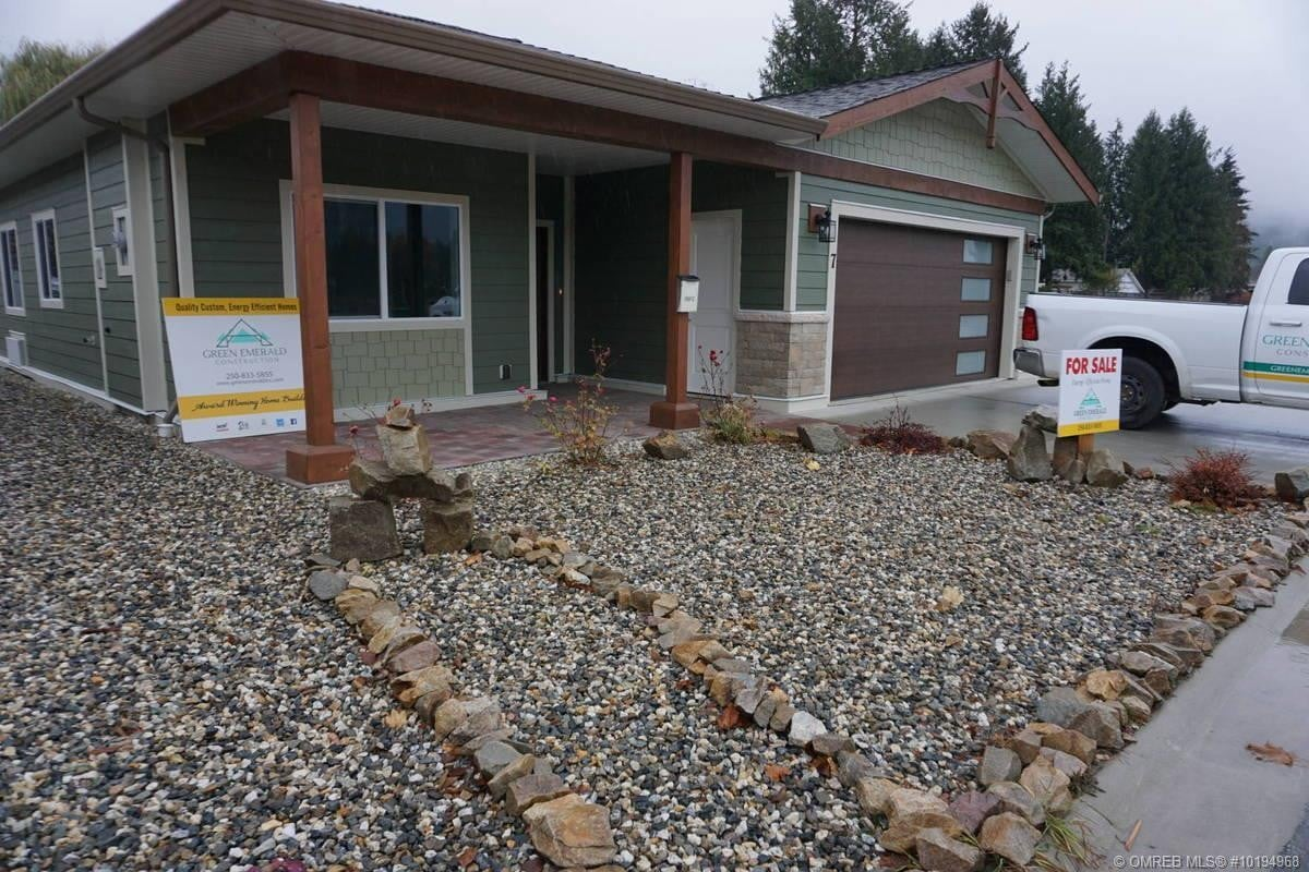 House for sale at 711 Parksville St Sicamous British Columbia - MLS: 10194968