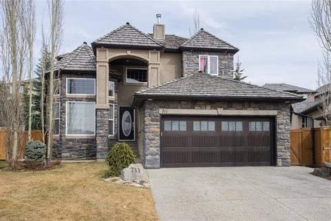 House for sale at 711 Royal Ct Northwest Calgary Alberta - MLS: C4238018