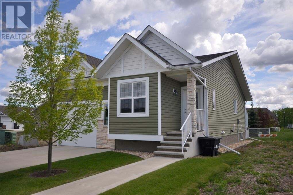 House for sale at 7113 52 St Lacombe Alberta - MLS: ca0193346