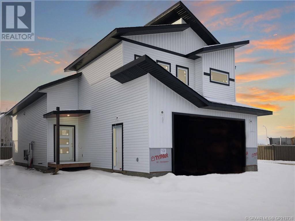 House for sale at 7118 86 St Grande Prairie Alberta - MLS: GP213738