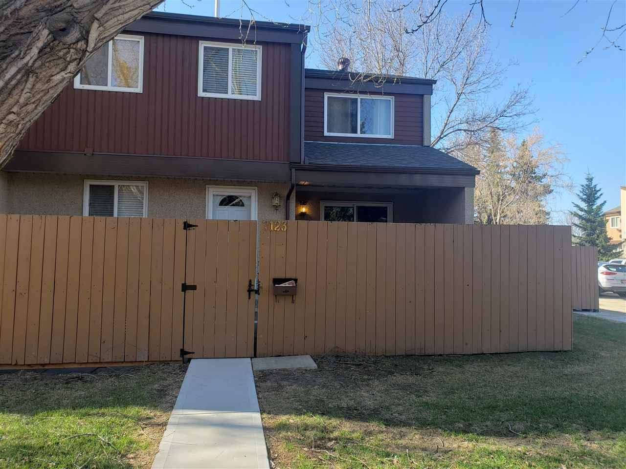 Townhouse for sale at 7123 180 St Nw Edmonton Alberta - MLS: E4189092