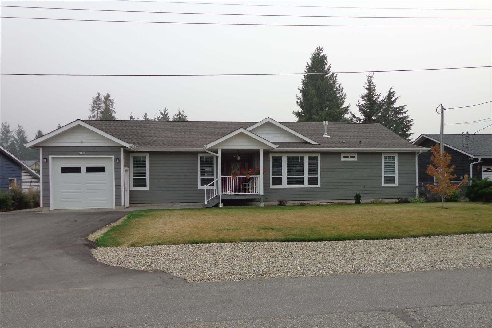 House for sale at 713 Cedar St Sicamous British Columbia - MLS: 10215443