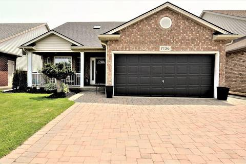 House for sale at 7136 Julie Dr Niagara Falls Ontario - MLS: 30739911