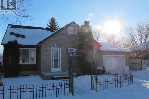 House for sale at 714 Carbon Ave Bienfait Saskatchewan - MLS: SK804838