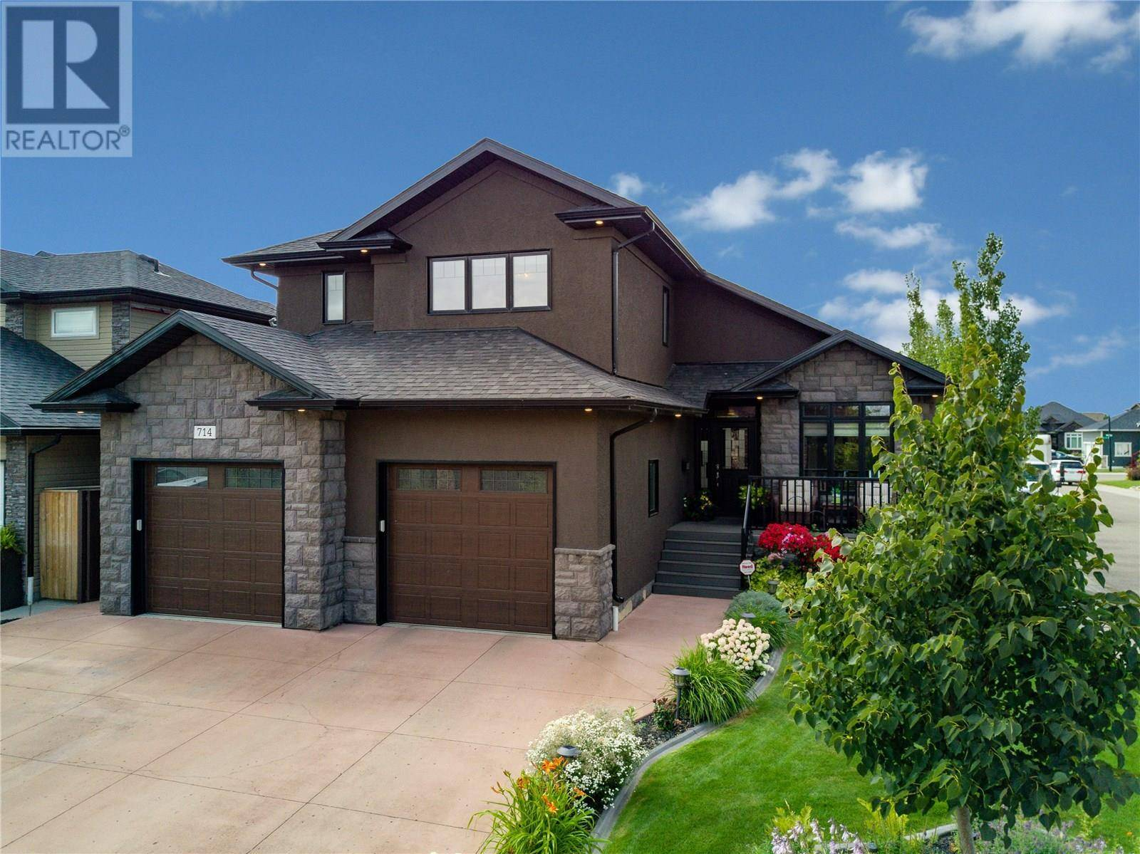 House for sale at 714 Paton Wy Saskatoon Saskatchewan - MLS: SK792907