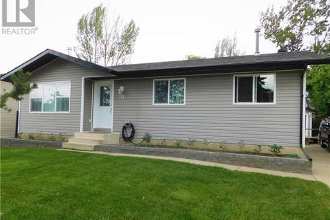 House for sale at 715 Lakewood Rd E Brooks Alberta - MLS: sc0171912